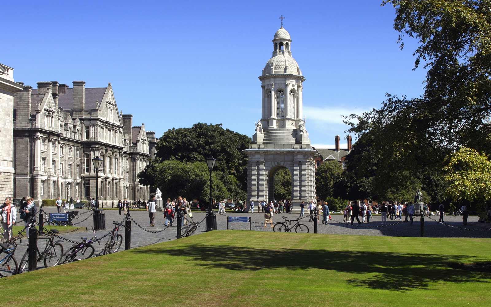 The Trinity College Dublino-English camp Ciocco ragazzi