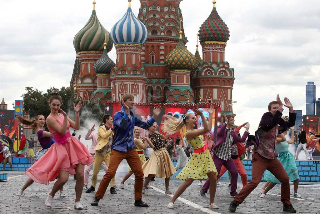Ciocco Ragazzi vacanze estive studio Mosca e san Pietroburgo